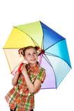 Muchacha adolescente de moda linda con el paraguas iridiscente Imagen de archivo libre de regalías