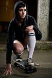 Muchacha adolescente del patinador hermoso Imágenes de archivo libres de regalías