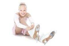 Muchacha adolescente del patinaje de hielo Fotos de archivo