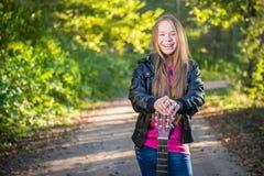 Muchacha adolescente del pelo largo Imágenes de archivo libres de regalías