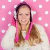 Muchacha adolescente del retrato en invierno Imagen de archivo