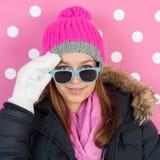 Muchacha adolescente del retrato en invierno Fotografía de archivo