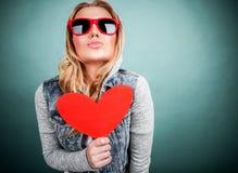 Muchacha adolescente en amor Foto de archivo libre de regalías