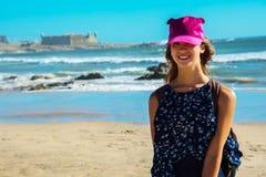 Muchacha-adolescente en el fondo del océano Océano Atlántico Oporto, Portugal Fotos de archivo