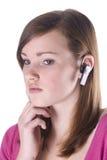 Muchacha adolescente en el teléfono. Imagen de archivo