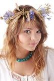 Muchacha adolescente en guirnalda del verano Imagen de archivo