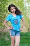 Muchacha adolescente en la naturaleza Imagen de archivo
