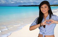 Muchacha adolescente en la playa Imagen de archivo