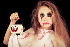 Muchacha adolescente en zombi del traje Imágenes de archivo libres de regalías
