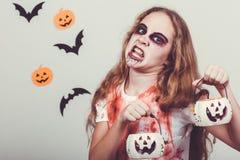 Muchacha adolescente en zombi del traje Fotografía de archivo libre de regalías