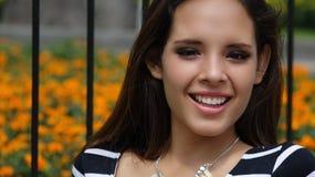 Muchacha adolescente feliz joven Fotografía de archivo