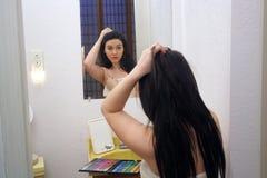 Muchacha adolescente hermosa con la gama de colores del maquillaje (4) Imágenes de archivo libres de regalías