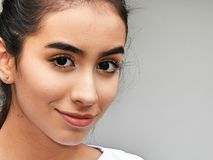 Muchacha adolescente hispánica linda Fotos de archivo libres de regalías
