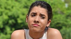 Muchacha adolescente hispánica triste Imágenes de archivo libres de regalías