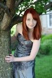 Muchacha adolescente joven del redhead bonito con las pecas Imagen de archivo libre de regalías