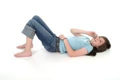Muchacha adolescente joven que habla en el teléfono celular 4 Foto de archivo libre de regalías