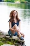 Muchacha adolescente que disfruta de verano Imágenes de archivo libres de regalías