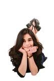 Muchacha adolescente que miente en suelo Fotos de archivo libres de regalías