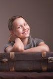 Muchacha adolescente que va el vacaciones Fotografía de archivo libre de regalías