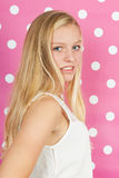 Muchacha adolescente rubia Foto de archivo libre de regalías
