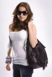 Muchacha adolescente rubia hermosa joven con las gafas de sol Imagen de archivo