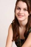 Muchacha adolescente sonriente del retrato Imagen de archivo