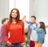 Muchacha adolescente sonriente en la escuela Fotografía de archivo libre de regalías