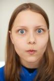 Muchacha adolescente sorprendida Fotografía de archivo libre de regalías