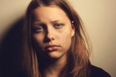 Muchacha adolescente triste Foto de archivo libre de regalías