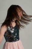 Muchacha adorable con los pelos largos hermosos Imágenes de archivo libres de regalías