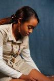 Muchacha africana de descanso Imagenes de archivo