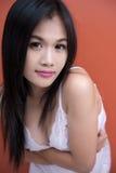 Muchacha asiática atractiva Imagenes de archivo