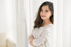Muchacha asiática atractiva Fotos de archivo