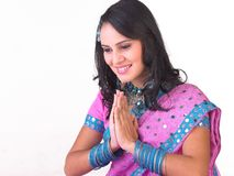 Muchacha asiática en una expresión agradable Foto de archivo libre de regalías