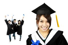 Muchacha asiática graduada sonriente joven Imagen de archivo libre de regalías