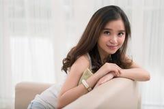 Muchacha asiática hermosa Foto de archivo libre de regalías