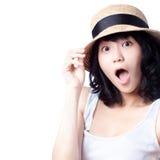 Muchacha asiática hermosa dada una sacudida eléctrica y sorprendida Imágenes de archivo libres de regalías
