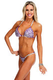 Muchacha atlética joven con el cuerpo atractivo en bikini Imagenes de archivo