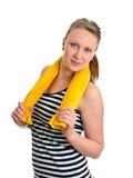 Muchacha atractiva con la toalla Fotografía de archivo
