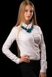 Muchacha atractiva del adolescente en la camisa blanca Fotografía de archivo libre de regalías