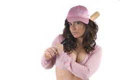 Muchacha atractiva del béisbol con la taza rosada Foto de archivo