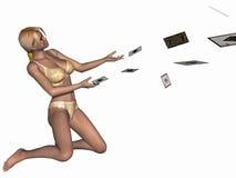 Muchacha atractiva que juega con las tarjetas Foto de archivo libre de regalías