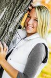 Muchacha bastante adolescente con el pelo rubio Foto de archivo libre de regalías