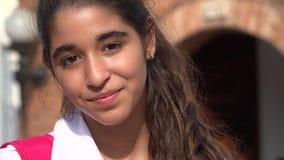 Muchacha bastante adolescente con los apoyos Fotos de archivo libres de regalías