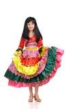 Muchacha bonita con en la alineada colorida Imagenes de archivo