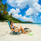 Muchacha bonita de la playa Foto de archivo libre de regalías