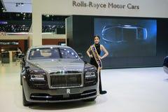 Muchacha bonita de Rolls Royce en el 36.o salón del automóvil internacional 2015 de Bangkok Fotos de archivo