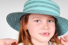 Muchacha bonita en sombrero bonito Imágenes de archivo libres de regalías