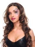 Muchacha cabelluda oscura atractiva con el rostro 3 Fotografía de archivo libre de regalías