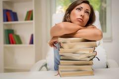 Muchacha cansada del estudiante Foto de archivo libre de regalías